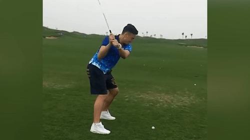 Thu mon Dang Van Lam danh golf hai huoc hinh anh