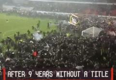 Biển người tràn xuống sân mừng chức vô địch sau gần thập kỷ chờ đợi