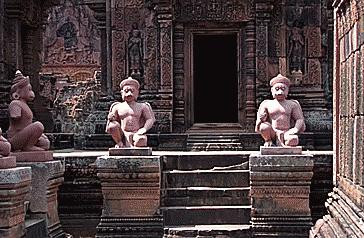 Ve trang le cua Angkor, thanh pho lon nhat the gioi tien cong nghiep hinh anh