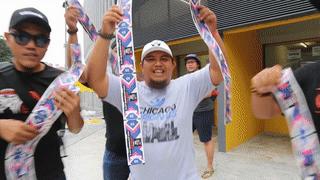 CDV Malaysia nhay mua khi mua duoc ve online hinh anh